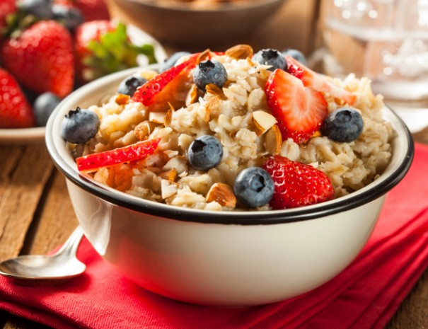 the importance of eating breakfast | health advocate wellness blog