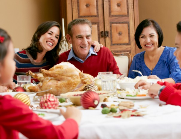 ThinkstockPhotos 170083079 605x465 - Tips and resources for healthier holiday meals